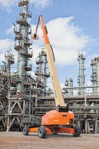World's Largest Self-Propelled Boom Lift Launched by JLG